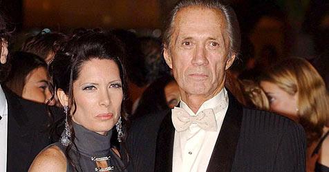 Witwe klagt Firma wegen Carradines mysteriösem Tod