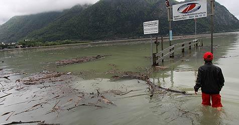 """Hochwasserschutz besteht """"Wasserprobe"""" (Bild: Hörmandinger)"""