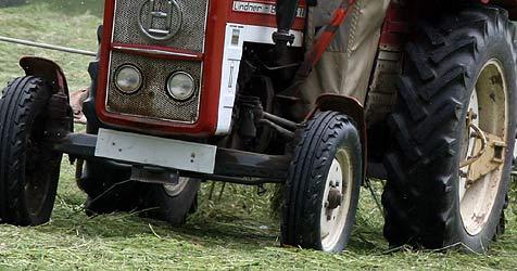 Bauer im Pongau bei Heuarbeit von Anhänger überrollt (Bild: Peter Tomschi)