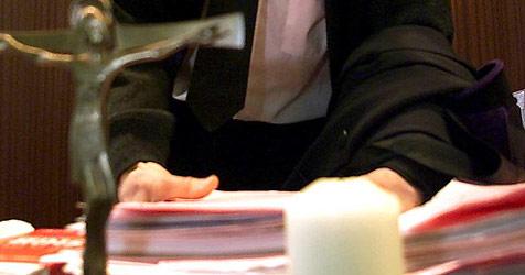 Silvester-Räuber würgte Opfer - 18 Monate Haft (Bild: APA/Guenter R .Artinger)