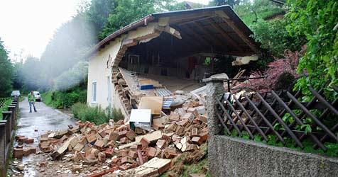 Aufräumarbeiten in Zöbern dauern an ++ Mann gerettet (Bild: Einsatzdoku.at)