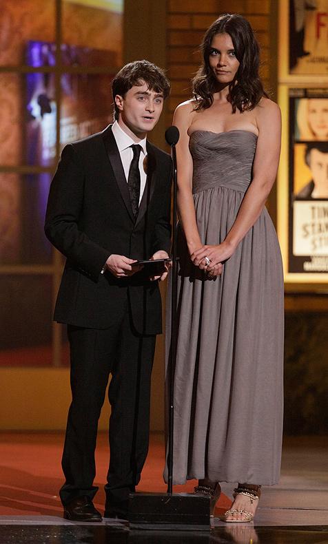 Katie Holmes lässt Daniel Radcliffe wie Kobold aussehen