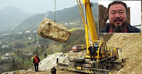 Vier-Tonnen-Fels soll auf Dachstein gehievt werden (Bild: Regionale10)