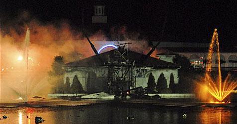 19 Meter hohe Jesus-Statue in Ohio abgebrannt
