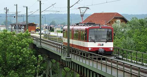 Lokalbahn soll bald bis Ostermiething unterwegs sein (Bild: Wolfgang Weber)