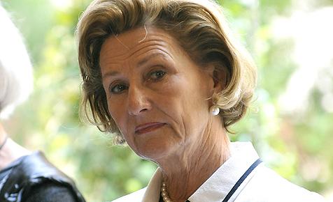 Königin Sonja erlebt Schrecksekunden im Flugzeug