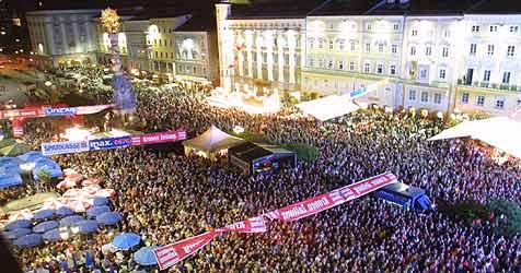 Großes Jubiläum nach zehn Jahren in Linz (Bild: Krone)