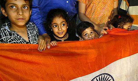 Indien: 162-köpfige Familie lebt unter einem Dach (Bild: AP)