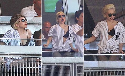 Lady Gaga nur in Unterwäsche im Yankees-Stadion
