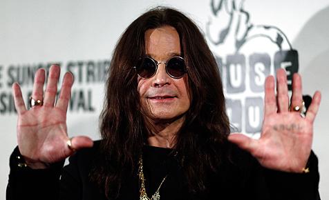 Ozzy Osbourne schafft mit 61 den Führerschein