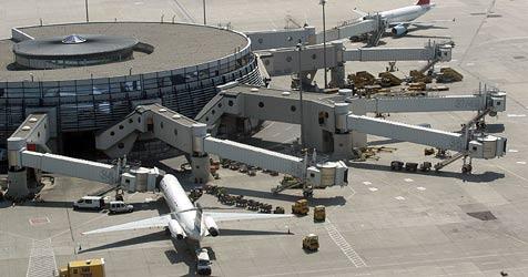 Airport - Schmuggel von sieben Kilo Kokain aufgedeckt (Bild: Andi Schiel)