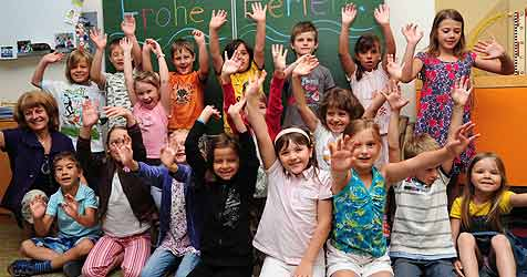 Zeugnistag für mehr als 200.000 Schüler im Land ob der Enns (Bild: Kerschi)