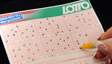 Industrieviertler knackt als Einziger den Lotto-Jackpot (Bild: APA/HERBERT PFARRHOFER)