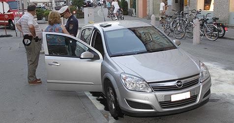 """Autofahrer haben offensichtlich """"Poller-Allergie"""" (Bild: Markus Tschepp)"""