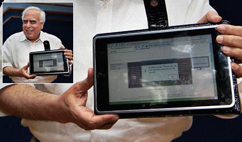 14 Mal billiger: Indien präsentiert das 35-Dollar-iPad