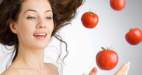 Straffe und sch�ne Haut durch die Kraft der Tomaten (Bild: � 2010 Photos.com, a division of Getty Images)