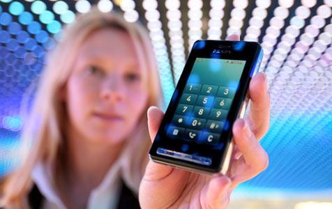 Jedes dritte Handy in Österreich schon ein Smartphone (Bild: EPA)