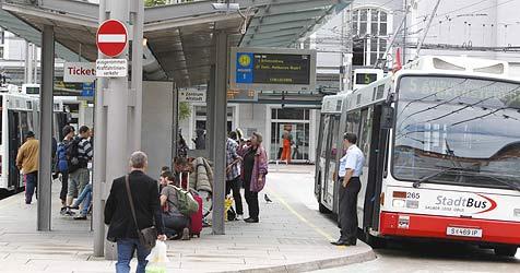 52-Jähriger in Salzburg von hinten niedergestochen (Bild: Markus Tschepp)