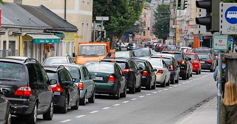 Verkehr in Salzburg ist wieder zum Erliegen gekommen (Bild: Markus Tschepp)