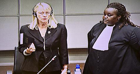 Auch Ex-Agentin White widerspricht Campbells Aussage