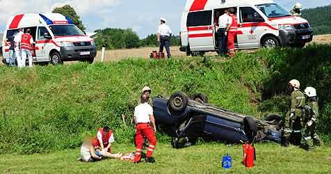 Fünf Verletzte bei Motorradunfall in Lasberg (Bild: Foto Kerschi)