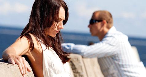 Die Beziehungskrise eskaliert im Urlaub - was tun? (Bild: © 2010 Photos.com, a division of Getty Images)
