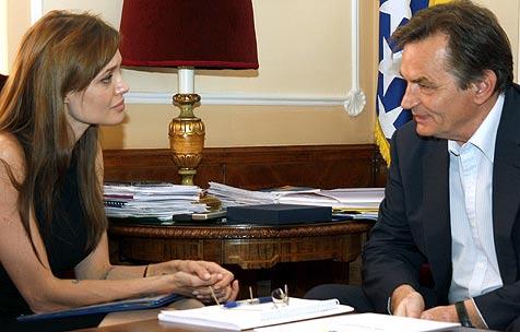 Jolie fordert bessere Hilfe für Kriegsflüchtlinge