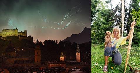 Blitz spaltet 30-Meter-Tanne in Salzburger Park (Bild: Markus Tschepp)