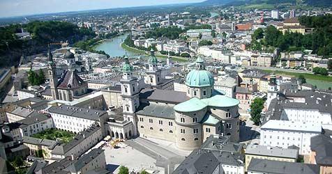 Zwei moderne Fixpunkte für das Stadtbild geplant (Bild: ORF)