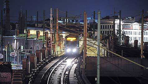 U-Bahn bis nach NÖ? SP ist dafür, VP eher zurückhaltend (Bild: APA/Wiener Linien/Zinner)