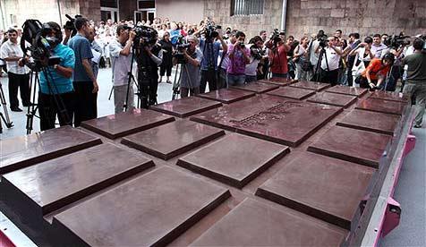 Größte Schoko-Tafel der Welt kommt aus Armenien
