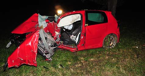28-Jähriger bei Crash in Freistadt schwerst verletzt (Bild: Kerschi)