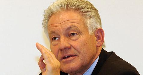 Oberösterreicher setzen LH Pühringer unter Druck (Bild: Chris Koller)