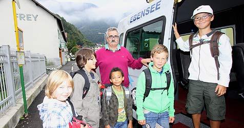 80% der Autofahrer ignorieren Stopp bei Schulbus (Bild: Marion Hörmandinger)