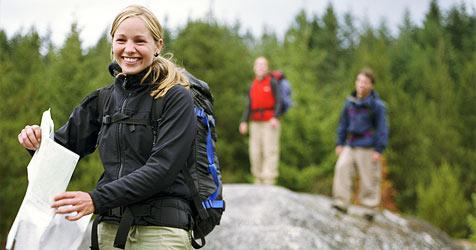 Wie du in der Natur sicher unterwegs bist (Bild: © 2010 Photos.com, a division of Getty Images)