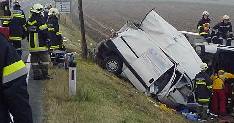 Verkehrsunfall im Weinviertel fordert ein Todesopfer (Bild: ÖAMTC)