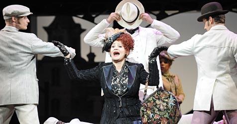 """Musical """"Hello, Dolly!"""" begeisterte in der Volksoper (Bild: APA/ROLAND SCHLAGER)"""