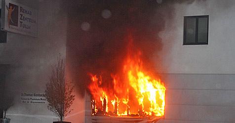 Brand in Tullner Reha-Zentrum ist gelegt worden (Bild: EINSATZDOKU.at)