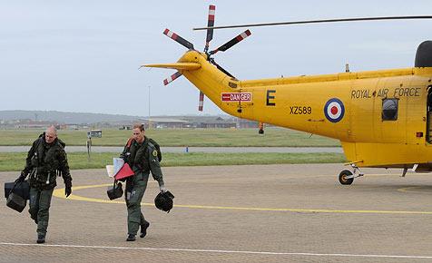 Prinz William fliegt Herzinfarkt-Patienten ins Spital