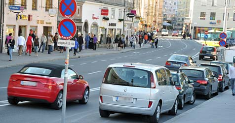 21 Euro für nur eine Parkminute wegen Ladetätigkeit (Bild: Wolfgang Weber)