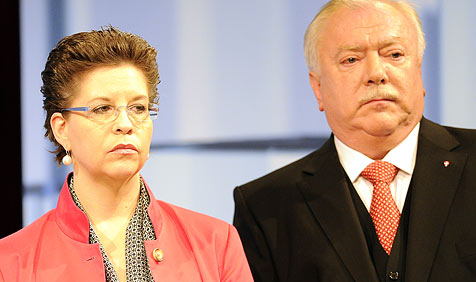Experten erwarten in Wien am ehesten Rot-Schwarz (Bild: APA/HERBERT P. OCZERET)