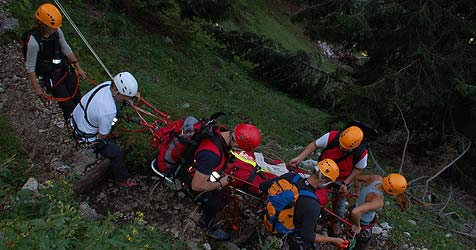Zweifache Mutter bei Grünau in den Tod gestürzt (Bild: Bergrettung OÖ (Symbolbild))