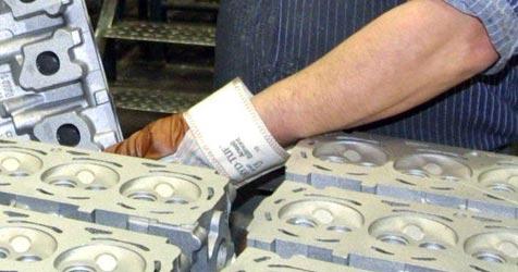 Minister lässt jetzt Alu-Giftdeponie kontrollieren (Bild: dpa/dpaweb/dpa/Matthias Bein)