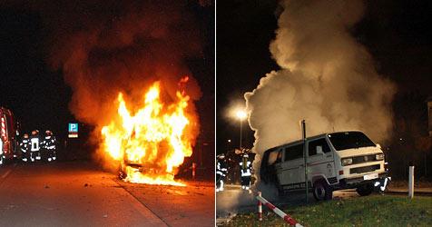 Kleinbus fängt bei Messegelände in Tulln Feuer (Bild: Einsatzdoku.at)