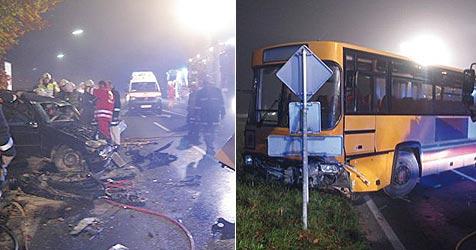 Bremsversagen bei 100 km/h - Bus rammt Pkw (Bild: FF Schörfling)