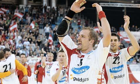 Handball-Team sorgt mit Sieg über Island für Furore (Bild: APA/ANDREAS PESSENLEHNER)