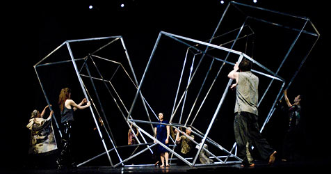 "Cherkaouis ""Babel"" begeistert Publikum im Festspielhaus (Bild: Maarten Vanden Abeele)"