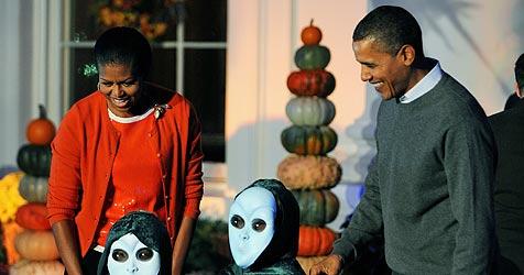 Auch im Weißen Haus war Grusel-Stimmung angesagt (Bild: EPA)