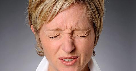Schmerzen sind laut Studie manchmal Kopfsache (Bild: � 2010 Photos.com, a division of Getty Images)