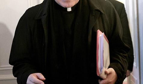 Bischöfe beraten sich in Stift in Heiligenkreuz (Bild: APA/GEORG HOCHMUTH)